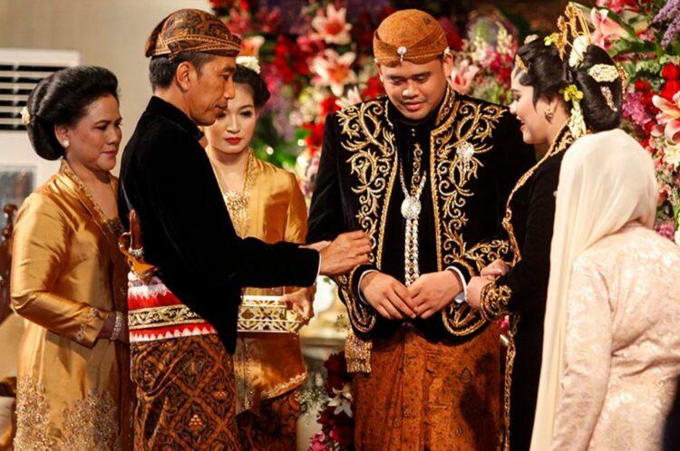Pantun Pernikahan Jawa