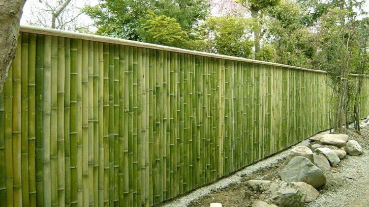 Kerajinan dari bahan alam bambu