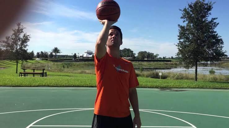 One-hand-Set-Shot in basketball